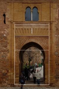 puerta-del-vino-with-lines